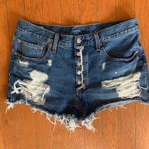 Distressed 501 Levi Cut Off Shorts